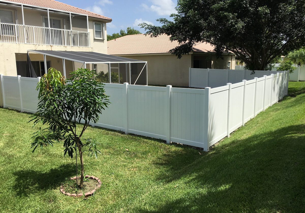 best fence companies in Bakersfield California