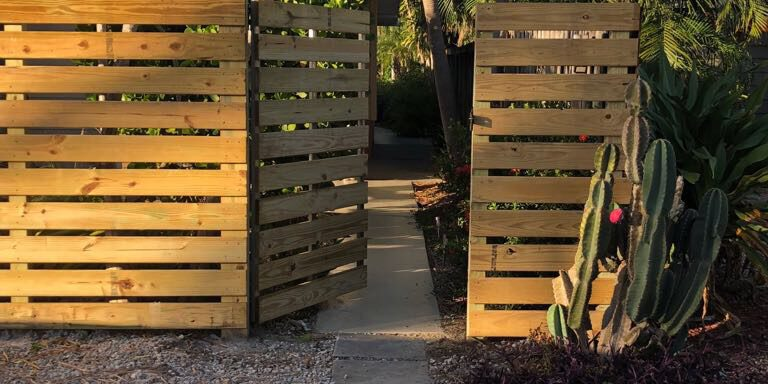 best fence installation services in bakersfield California