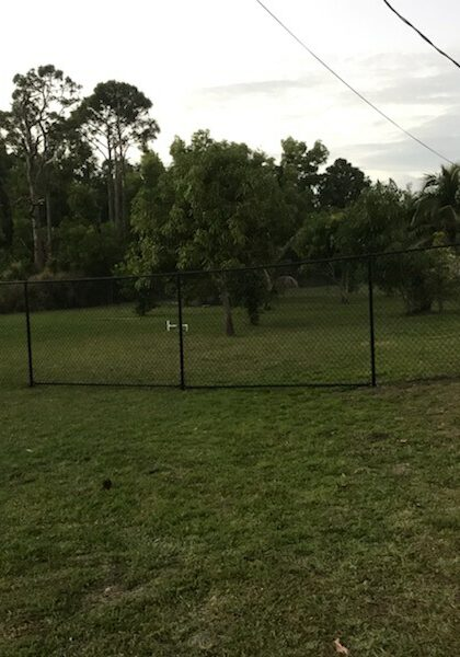 Aluminum Fence Installation in Oildale